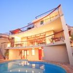 Southern Cross Villa, Luxury Villa In Camps Bay
